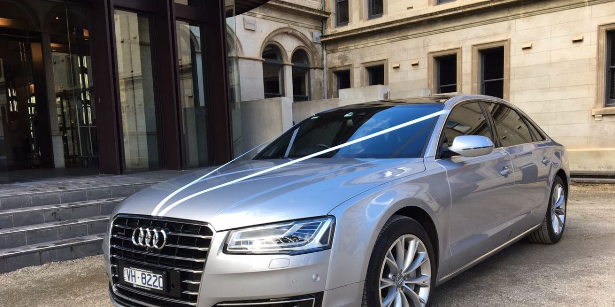 Chauffeur Geelong With Vic Prestige Transfers